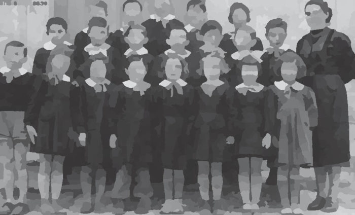 Foto di bambini a scuola